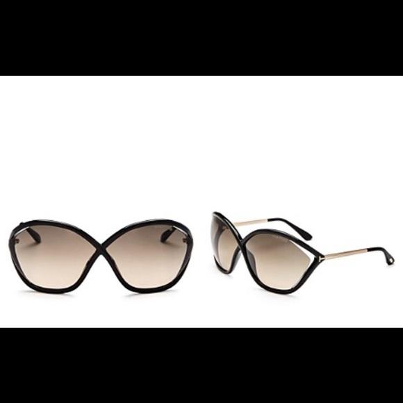 e3f0e4883caa Tom ford Bella sunglasses good condition. M 5ab27f2272ea88a12a23c4c2. Other  Accessories ...